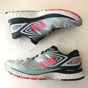 New Balance Womens Running Shoes sz 10.5